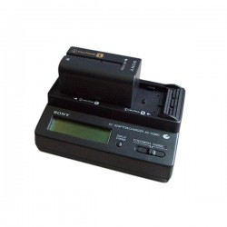 CHARGEUR/ALIMENTATION SONY ACVQ800